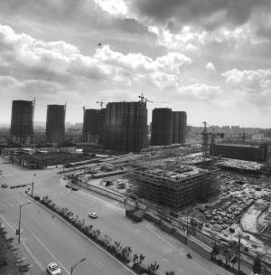 在主城版图上寻找2014年杭州房价的 铁底图片